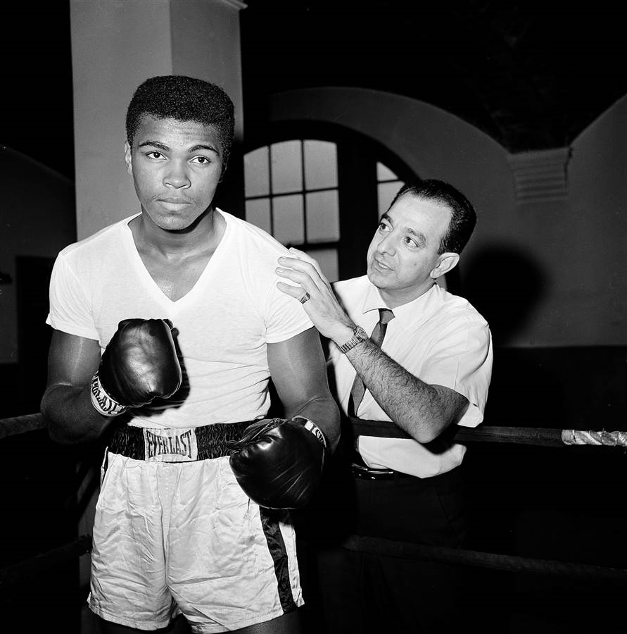 a story of the life of a hero muhammad ali or cassius clay